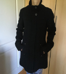 ONLY crni zimski kaput