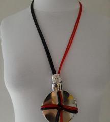 Ogrlica - ručni rad, novo
