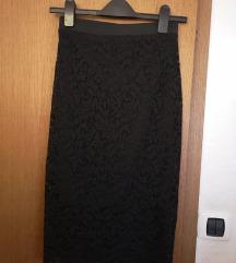 Bershka cipkasta suknja NOVO