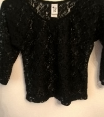 Čipkasta crna majica