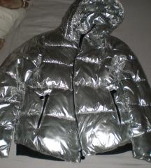Srebrna zimska jakna