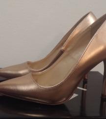 Cipele na petu zlatne