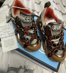 Snizeno 4700!!Gucci Flashtrek