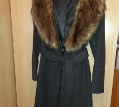 prodajem kaput sa krznom