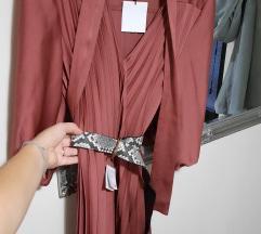 Zara plisirana haljina%