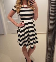 Mohito divna crno bijela haljina na pruge
