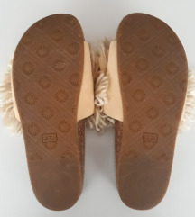 UGG Cindy Beige Shaggy Slides