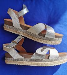 Prekrasne sandale br 35/36 Mass %%AKCIJA 119 kn