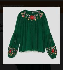 Zara zelena vezena cvijecem bluza