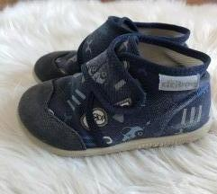 Ciciban papuče 23