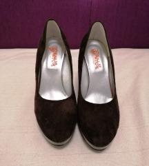 Cipele smeđe, lakirana platforma i peta