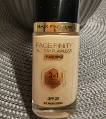 MAX FACTOR Face finity 62