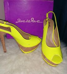 Fluorescentne sandale
