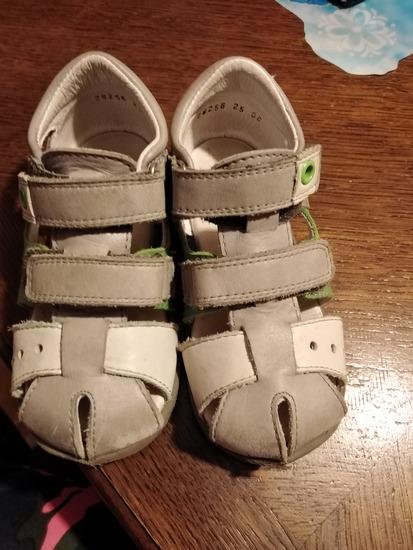 Sandale 25