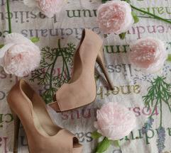 Ružičaste visoke štikle sandale