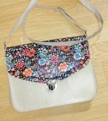 Cvijetna torbica