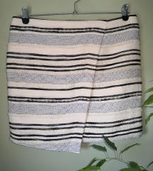 Prugasta minica, šos, suknja