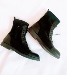 GULIVER crne kozne cizme 🎀
