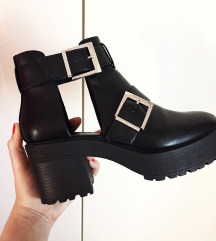 BERSHKA chunky boots