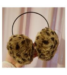 Tigrasti grijači za uši