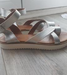 Srebrne sandale/prava koža