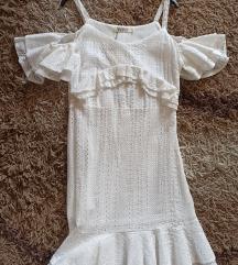 Bijela čipkana haljina