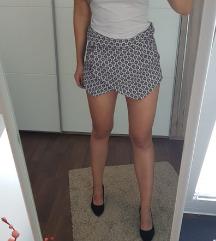 Zara hlačice/suknja