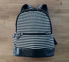 NOVO Sinsay crno bijeli ruksak