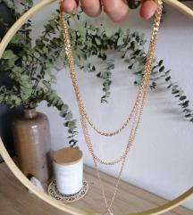 Troslojna ogrlica -nova