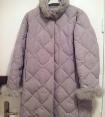 Topla jakna bez boje sa krznom vel.42