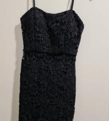 mini čipkana crna haljina