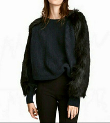 H&M pleteni džemper sa krznom