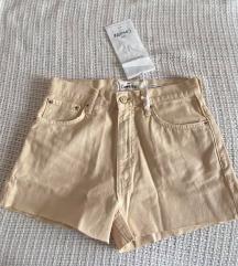 Mango kratke hlače veličina 38