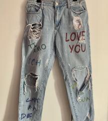 Poderane jeans boyfriend hlače