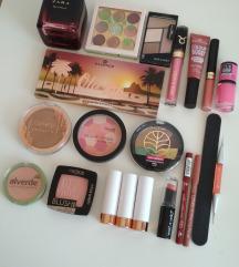 Veliki lot make up