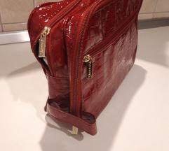 Crvena toaletna torbica NOVA!!!