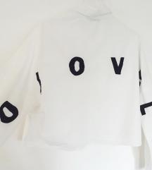Crop košulja sa izvezenim natpisom (S)
