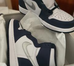 (38.5, 39, 42) Air Jordan 1 'Midnight Navy'