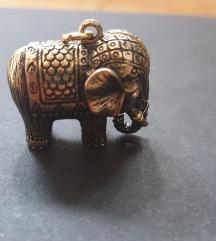Privjesak slon bižuterija