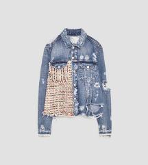 Zara otkačena traper jakna S