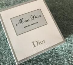 Miss Dior parfem