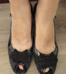 Povoljno -nove sandale