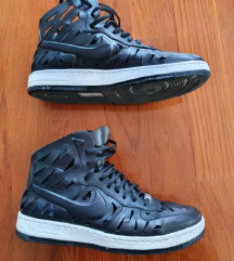ORIGINAL NIKE AIR FORCE ONE TENISICE 39,PT UKLJ
