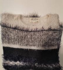 Zara Knit 160cm Pulover