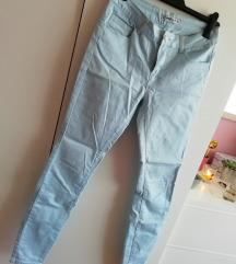 Pastelno plave hlače