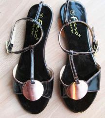sandale 38 nove