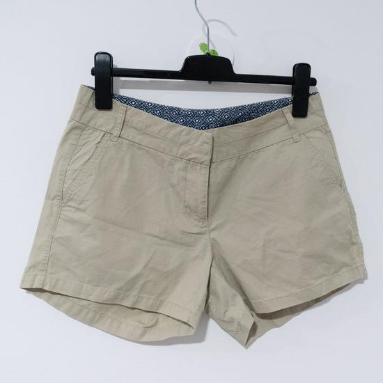 Krem, bež kratke hlače / šorc