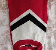 Crveni pulover/džemper
