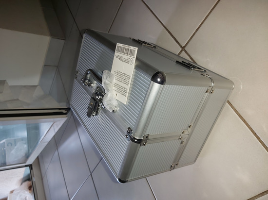 Kufer / neseser za sminku - NOVO!