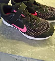 Nike tenisice 35